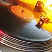 Guilty Pleasure Vinyl singles middag/avond